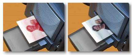 HiTouch Hiti photoprinter prints magenta second then cyan to finish